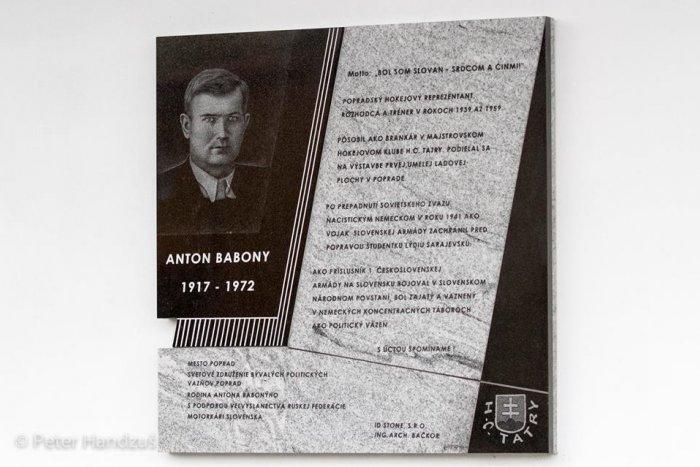 Ilustračný obrázok k článku Babony je navždy spätý s popradským hokejom: Legenda aj na štadióne