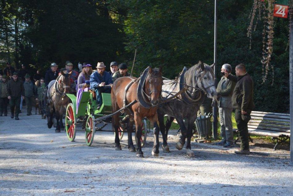 Ilustračný obrázok k článku FOTO: Hubertova jazda v Betliari je minulosťou, jazdci sa rozlúčili so sezónou