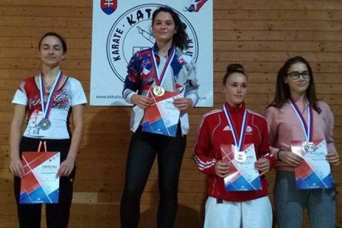 Ilustračný obrázok k článku Úspešné dievčatá z Karate klubu Žilina: Hrnková získala zlato zo slovenského pohára