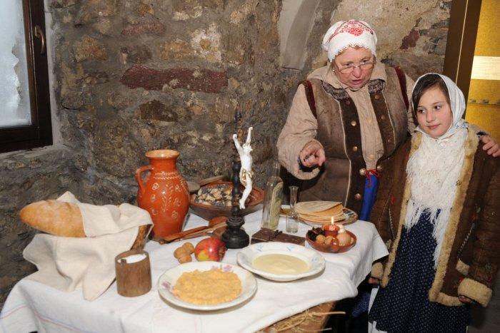 Ilustračný obrázok k článku Handelská kuchárka starých materí. Jedlá z Horehronia, ktoré upadli do zabudnutia