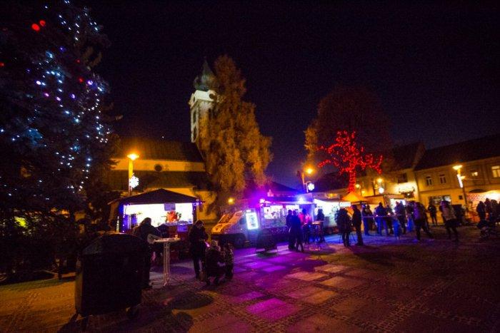 Ilustračný obrázok k článku Vianočné trhy v Mikuláši: Pozrite si kompletný program, FOTO