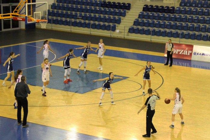 Ilustračný obrázok k článku Popradské basketbalistky zdolali Nitru: Pod košom s mladou posilou