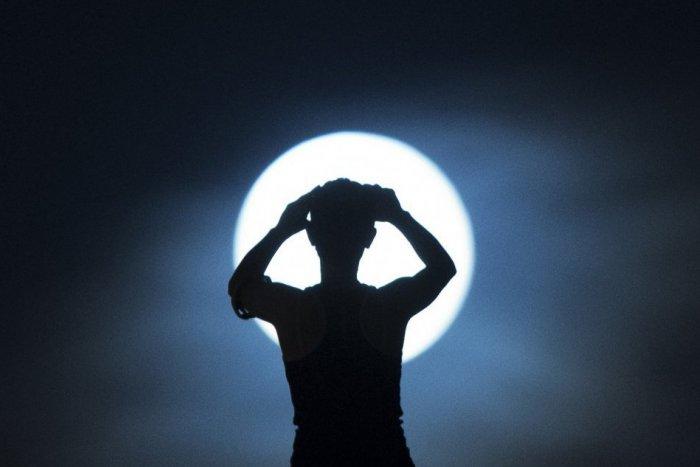 Ilustračný obrázok k článku Malé nebeské divadlo zachytené nad Moravcami: Pozrite si fascinujúce FOTO Mesiaca