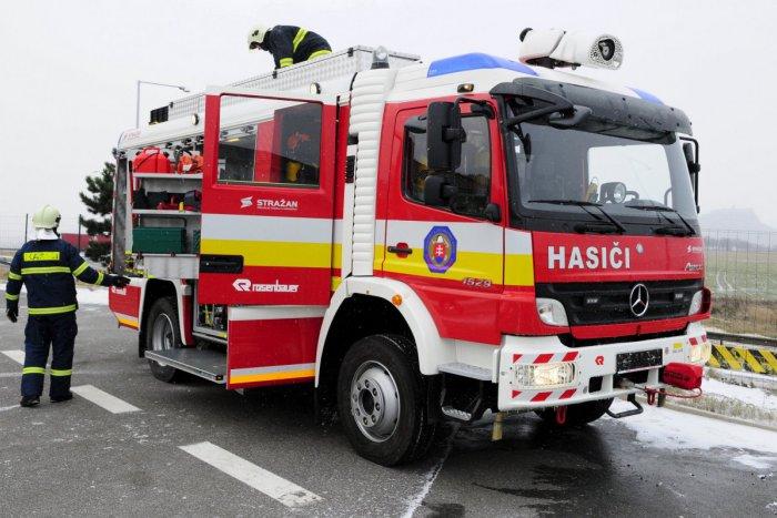 Ilustračný obrázok k článku Požiar v martinskom byte: Ženu museli previesť do nemocnice