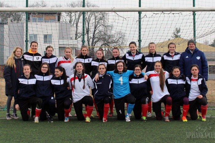 Ilustračný obrázok k článku Turnaj žien vo futbale má za sebou 2. ročník: Ako sa darilo Novovešťankám?
