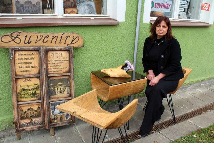 Ilustračný obrázok k článku FOTO: Šikovná žena od Lučenca vdychuje dušu starým veciam. Prerazila aj za hranicami