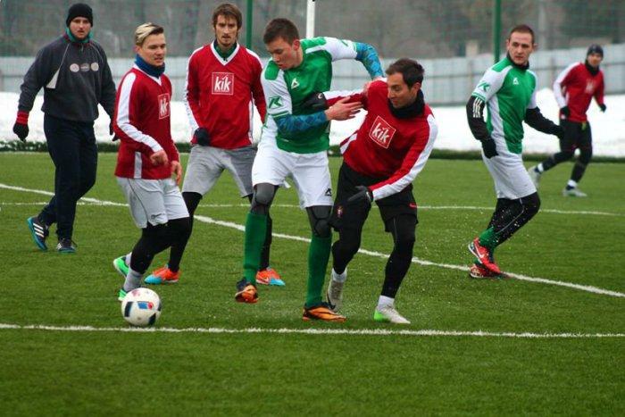 Ilustračný obrázok k článku Futbalistom Revúcej skončila zimná prestávka. Počas prípravy neokúsili trpkosť prehry