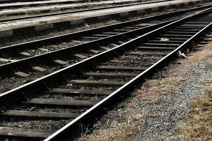 Ilustračný obrázok k článku Mikuláš trápi hustá doprava: Prekládka železnice sa ale komplikuje