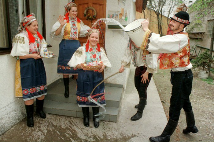 Ako sa kedysi oslavovala Veľká noc v Bratislave? | Bratislava24.sk