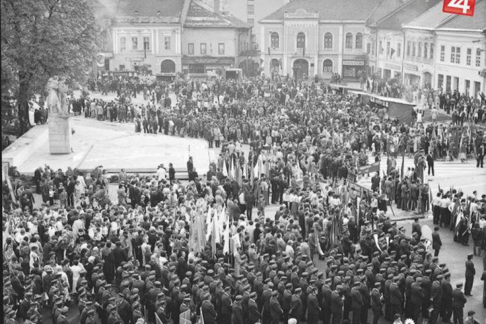 Ilustračný obrázok k článku Takto si na minulé časy pamätajú obyvatelia mesta: ZÁBERY z prvomájových osláv v Rožňave