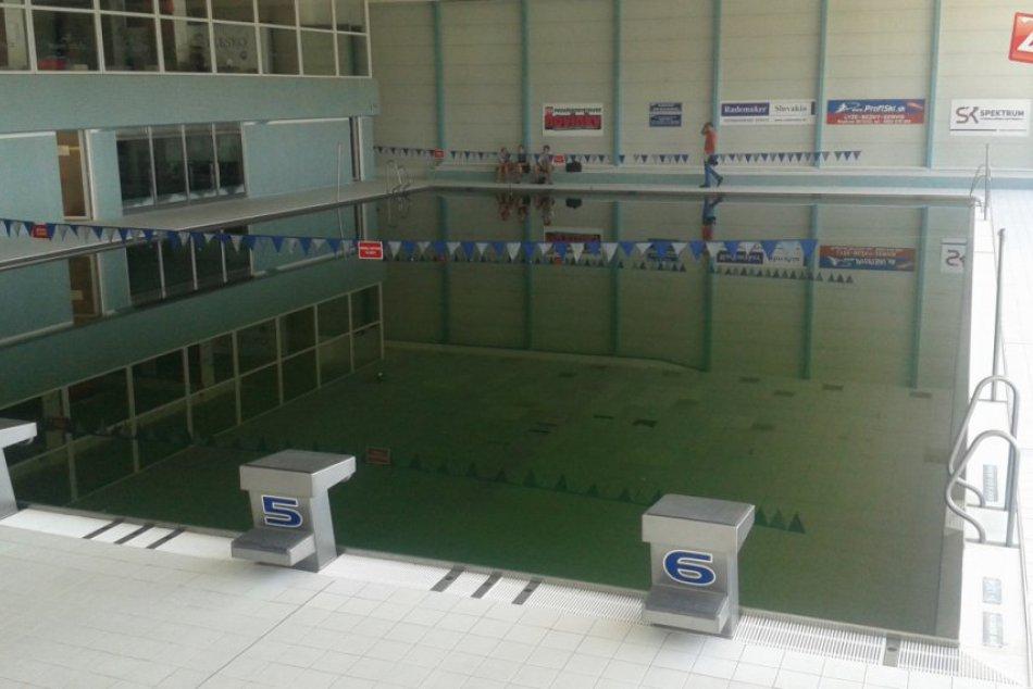 Ilustračný obrázok k článku Považskobystrická plaváreň v havarijnom stave: Dokedy má byť zatvorená? FOTO