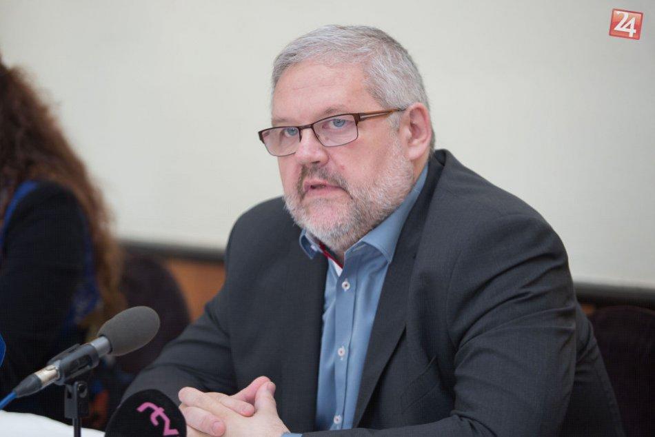 Ilustračný obrázok k článku Bystrický poslanec Mičev sa stal predsedom politickej strany. Takto opísal svoj zámer