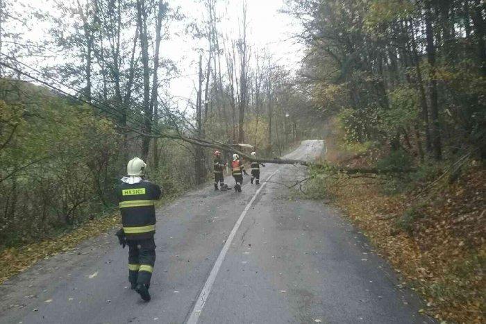 Ilustračný obrázok k článku Obce sú odrezané od sveta: Po vrtochoch počasia zasahujú na východe Slovenska hasiči