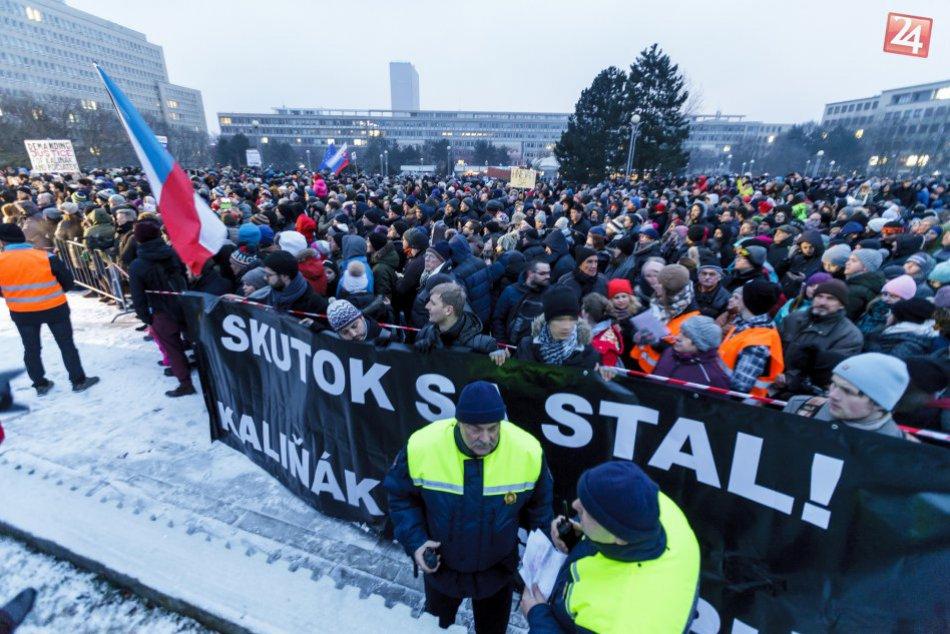 Ilustračný obrázok k článku Slovensko na nohách: V piatok sa chystajú desiatky zhromaždení po celej krajine