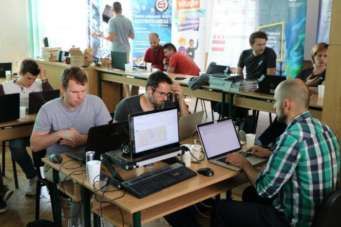 Ilustračný obrázok k článku V Prešove sa zišli programátori: Obyvateľom vďaka nim pomôžu parádne aplikácie!