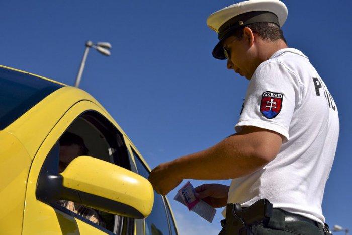 Ilustračný obrázok k článku Výsledky celokrajskej policajnej kontroly? Za pár hodín takmer 300 priestupkov