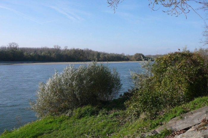 Ilustračný obrázok k článku Ponad staré koryto Dunaja prejdeme cyklomostom. Povedie z Dobrohošte do Dunakiliti