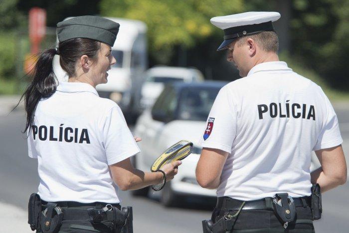 Ilustračný obrázok k článku V Likavke zastavili policajti vodiča (58): Sledujte, koľko nafúkal