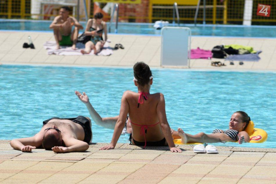 Ilustračný obrázok k článku Kúpalisko neďaleko Ružomberka: Oproti minulému roku si o čosi priplatíme