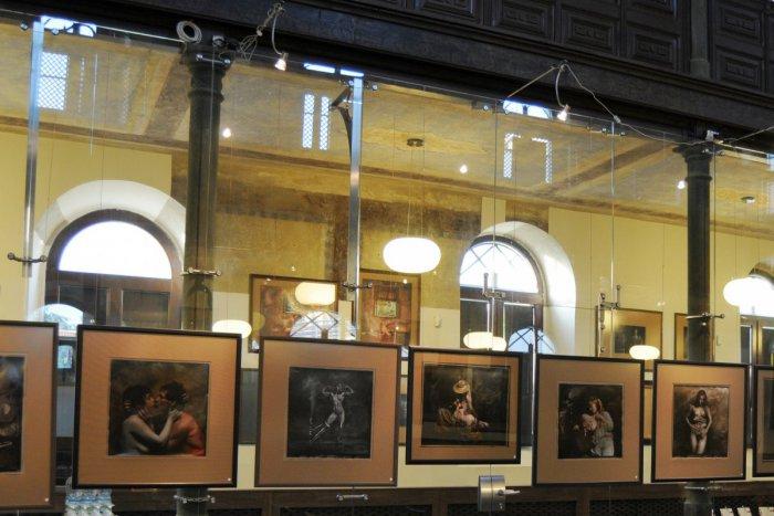 Ilustračný obrázok k článku SVET O SLOVENSKU: Kaviareň v synagóge? Urážlivé!