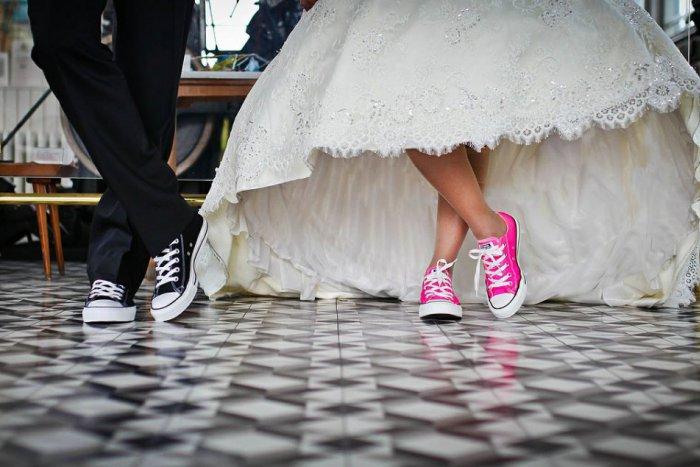 Ilustračný obrázok k článku PREČO im kradnú detstvo? Pandémia zvýšila riziko manželstiev tínedžerov!