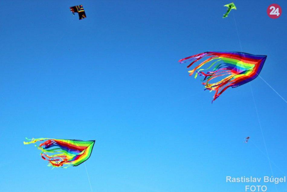 Ilustračný obrázok k článku Nebo nad Margarétkou sa rozžiari farbami: Chystá sa obľúbená Šarkaniáda