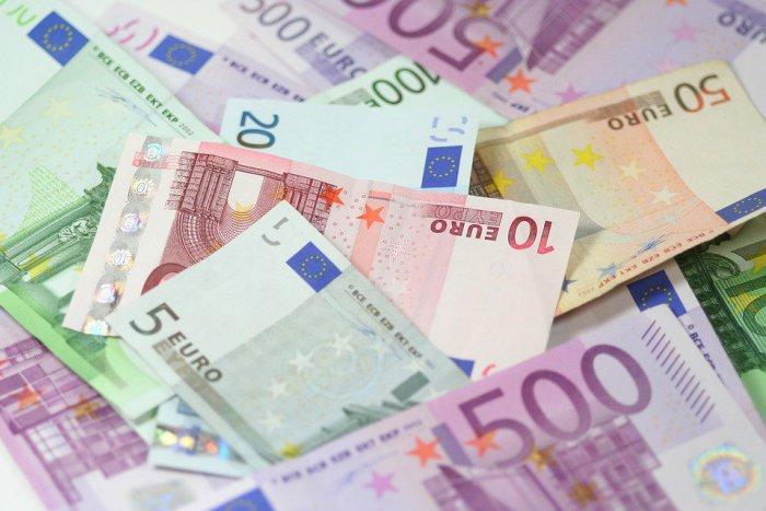 Ilustračný obrázok k článku Máte nápad a potrebujete naň peniaze? Na toto rozdelia poslanci BBSK vyše milión eur