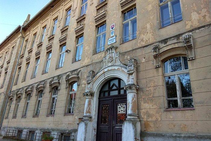 Ilustračný obrázok k článku Poznáme najnovšie hodnotenia slovenských škôl: Takto dopadli tie v Nových Zámkoch