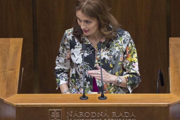Ilustračný obrázok k článku SaS vyzvala ministerku zdravotníctva na odstúpenie: Na Kalavskú podáva trestné oznámenie