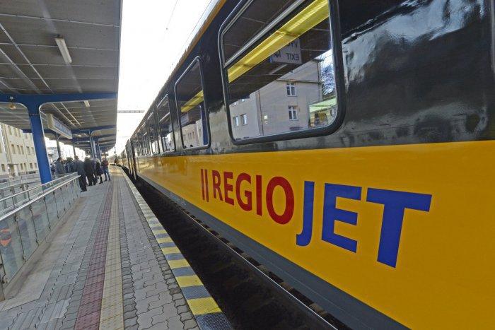 Ilustračný obrázok k článku Ako sa dostať do Česka? Žlté vlaky a železnice už oznámili termín, kedy plánujú vyštartovať