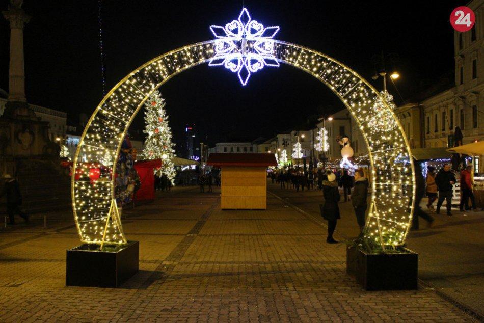 Ilustračný obrázok k článku Vianoce v Bystrici s niekoľkými NOVINKAMI: Ekologickejšie trhy aj nová výzdoba