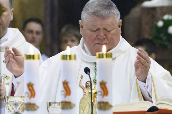 Ilustračný obrázok k článku Nitriansky biskup napísal otvorený list: Poďakoval sa v ňom zdravotníkom