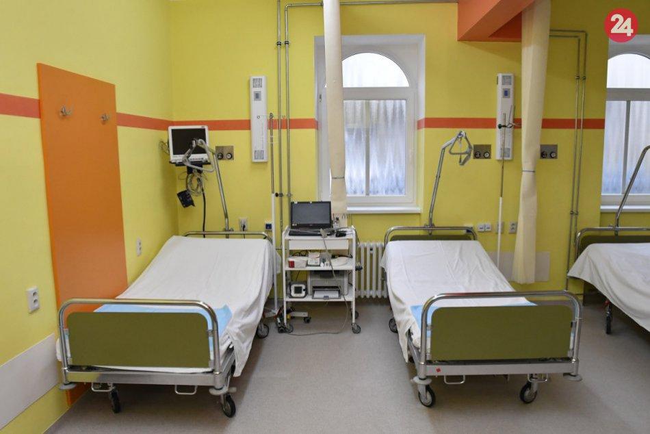 Ilustračný obrázok k článku Reakcia na aktuálnu epidemiologickú situáciu: Nemocnica v Štiavnici zakázala návštevy