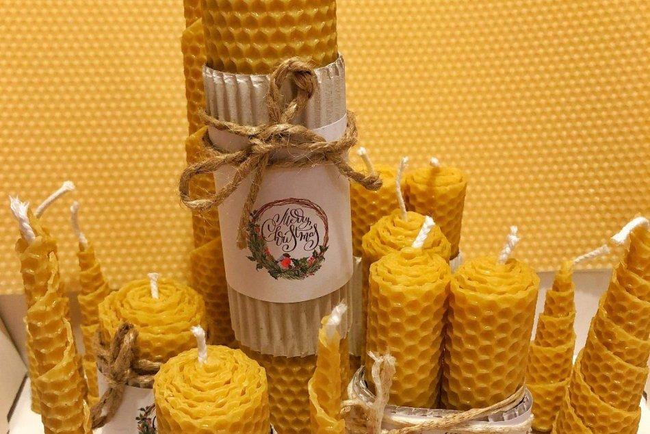 Ilustračný obrázok k článku Naša čitateľka Lucia vyrába takéto parádne sviečky: Voňajú ako sladký med, FOTO