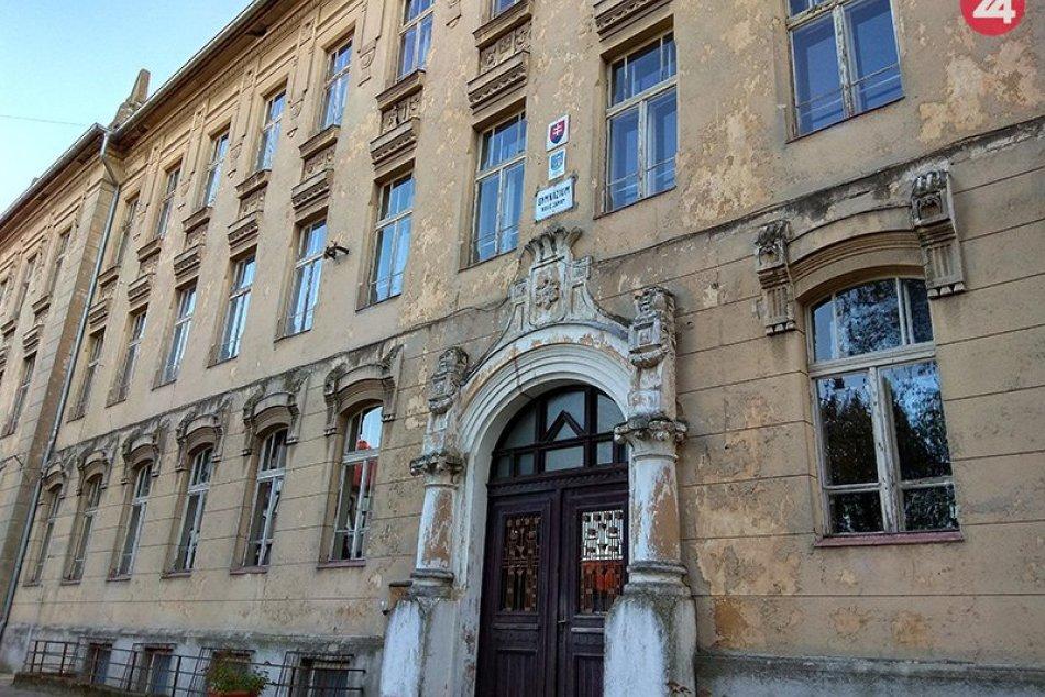 Ilustračný obrázok k článku Novozámocké (hlavne) základné školy poskočili: Ako ich najnovšie zhodnotilo INEKO?
