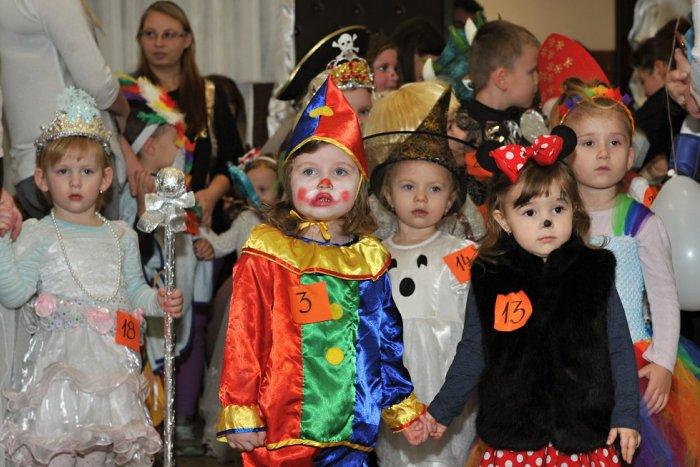 Ilustračný obrázok k článku Masky od výmyslu sveta a zábava. Malých Zvolenčanov čaká rozprávkový karneval