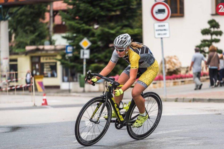 Ilustračný obrázok k článku Úspešná mladá športovkyňa: Novovešťanke Norike učaroval triatlon