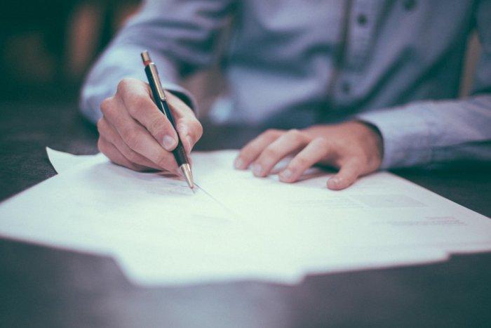 Ilustračný obrázok k článku Úrad v Šuranoch je pre verejnosť zatvorený: Opatrenia platia až do odvolania
