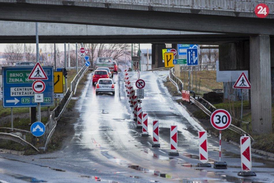 Ilustračný obrázok k článku Neúnosná situácia v Prievoze: Vyrieši dopravu na kritických miestach TENTO projekt?
