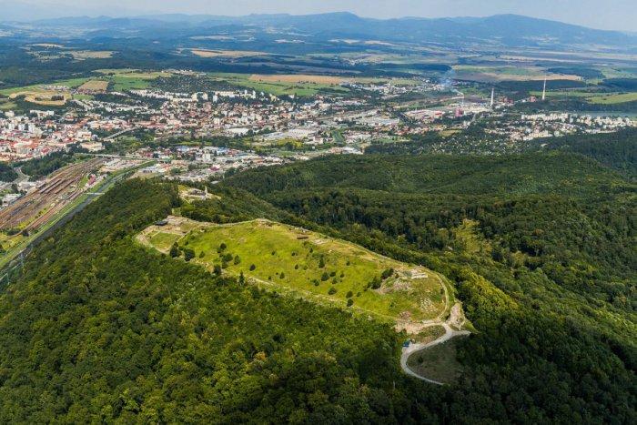 Ilustračný obrázok k článku Zvolen predáva veľký pozemok v centre: Čo by tam mohlo vyrásť?
