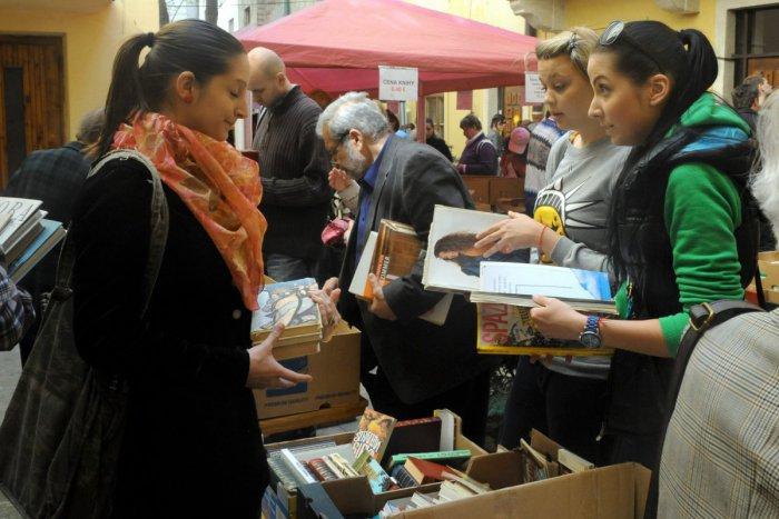 Ilustračný obrázok k článku Máte doma nepotrebné knihy? Darujte ich a podporte dobrú vec!