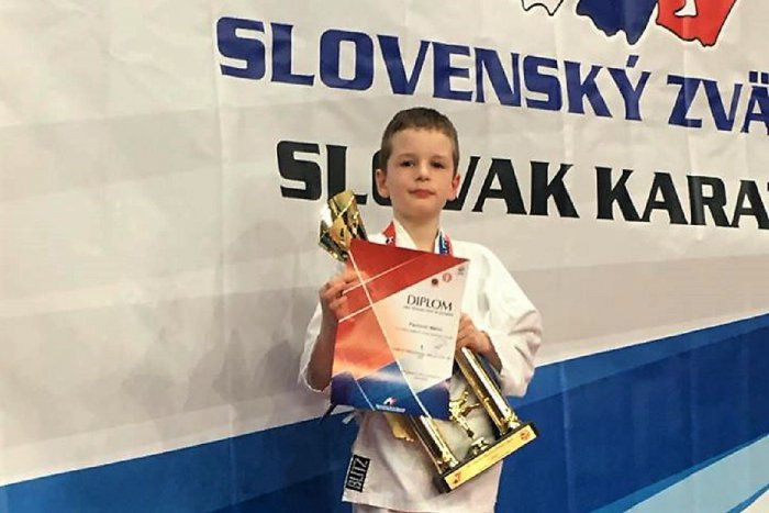 Ilustračný obrázok k článku Úspech žilinských karatistov: 5 medailí z víkendového GRAND PRIX SLOVAKIA