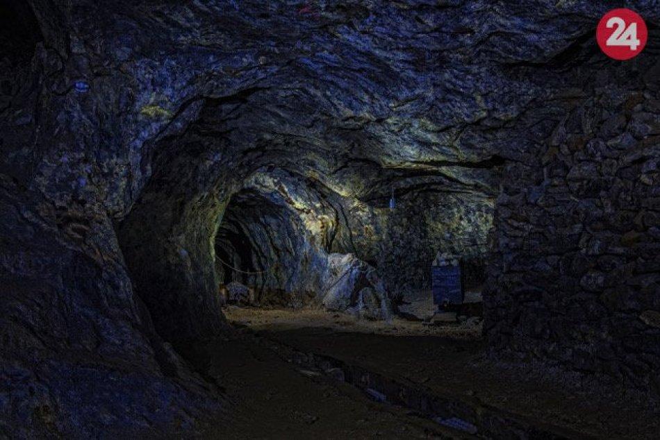 Ilustračný obrázok k článku Nové autobusové spojenie poteší: A dovezie nás k najstarším opálovým baniam na svete!