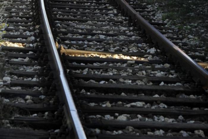 Ilustračný obrázok k článku Tragédia v Ťahanovciach: Vlak zrazil mladú ženu, nemala šancu prežiť