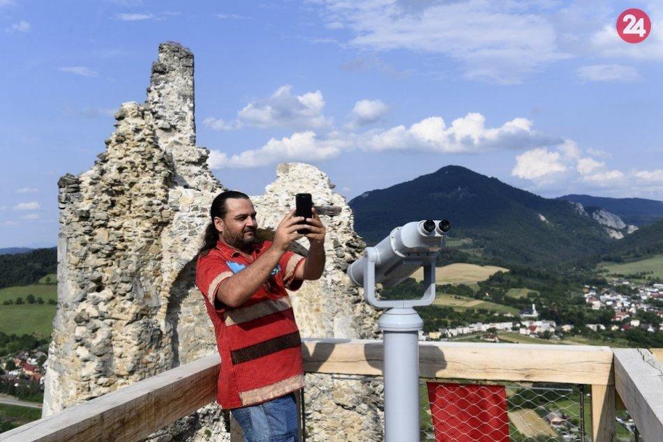 Ilustračný obrázok k článku Výborná správa z Považského hradu: Populárna atrakcia je späť! FOTO