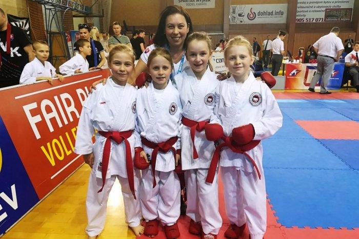 Ilustračný obrázok k článku Slovenský pohár v karate: Popradskí Shihanisti aj po ďalšom kole ovešaní medailami
