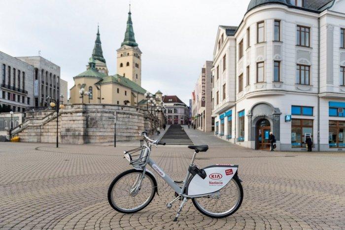 Ilustračný obrázok k článku Žilina bojuje proti výpožičkám pre zábavu: Zdieľané bicykle čakajú zmeny