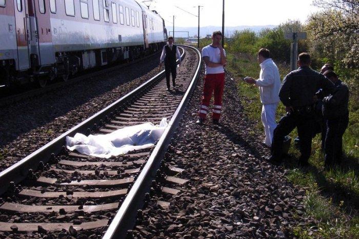 Ilustračný obrázok k článku Smutná správa zo stanice Trenčín – Zlatovce: O život tam prišiel človek