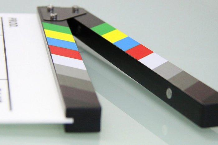 Ilustračný obrázok k článku ŤAHÁK pre milovníkov filmov: Sledujte program kina Tekov na zvyšok augusta