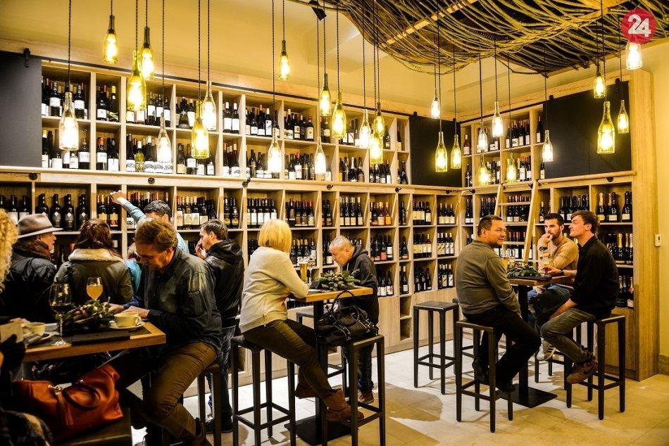 Ilustračný obrázok k článku Reštaurácia a vínotéka Selaví oslávila sviatok sv. Urbana